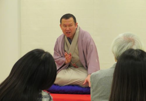 熊野神社で初笑い 落語会